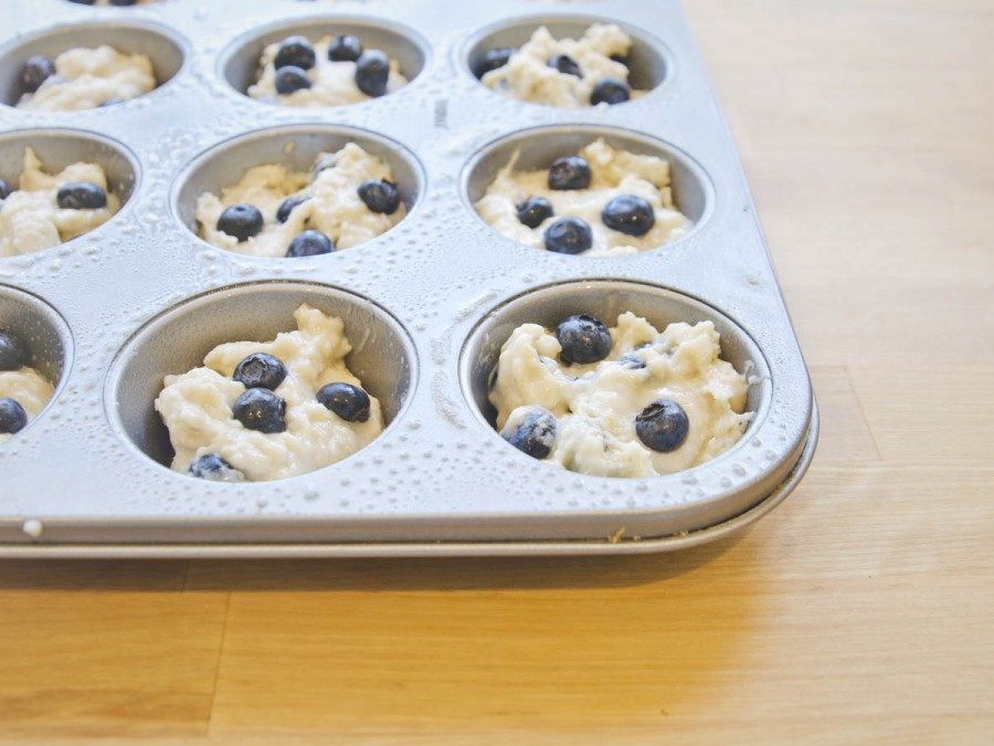 lemon_scented_blueberry_muffins