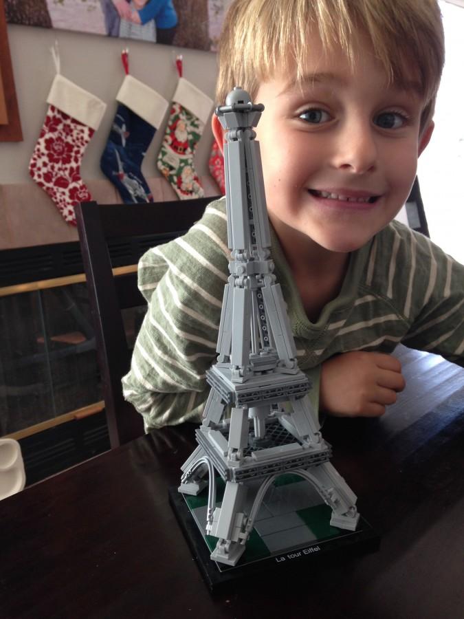 Lego-Eiffel-Tower-Architecture-Series