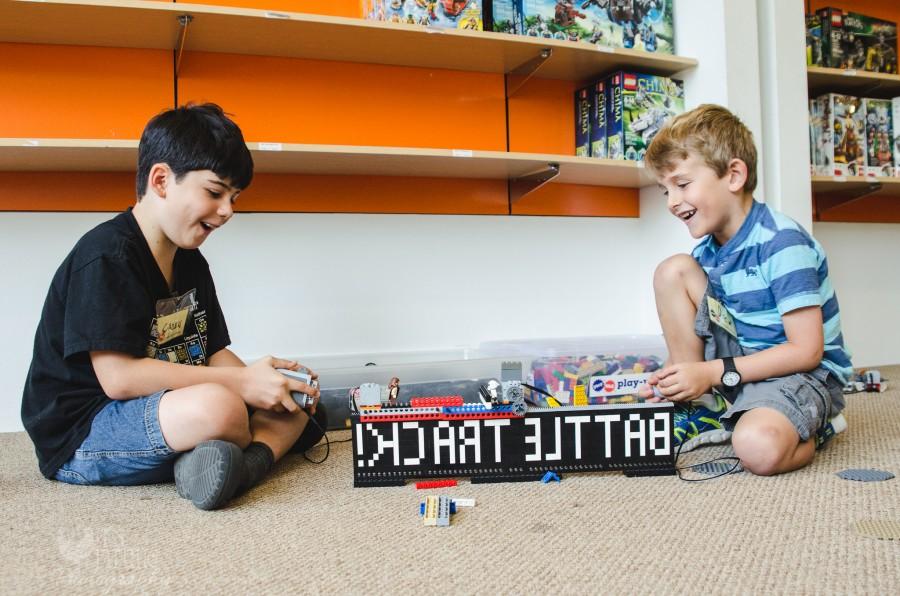 Play-Well-JEDI-LEGOS