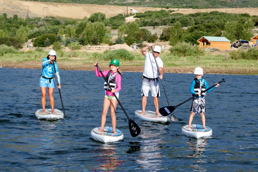 Heber-valley-summer-activities-paddle-boarding
